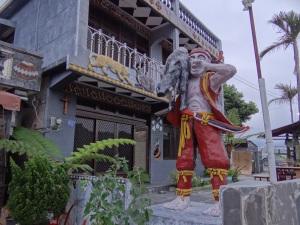 2014-04-12 Wutai Dream house 195
